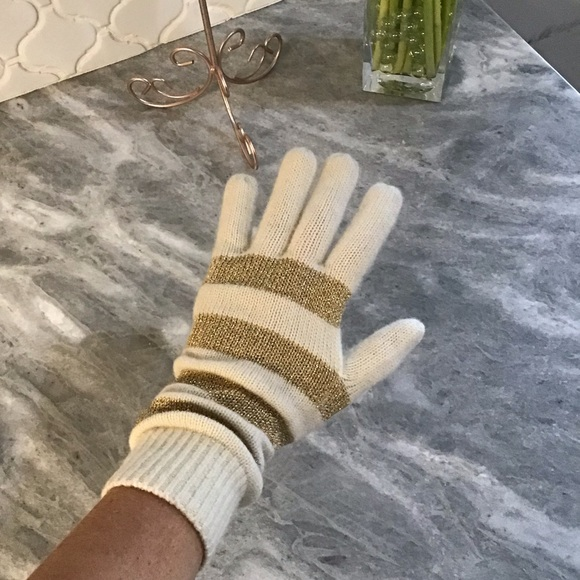 MICHAEL Michael Kors Accessories - MICHAEL Michael Kors Gloves